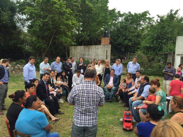 El gabinete de Desarrollo Humano y Social y se reunió hoy en el barrio Tío Rolo.