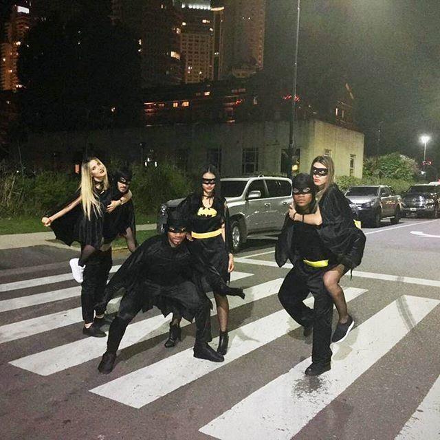 Tras el triunfo ante Temperley, tres jugadores de Boca celebraron vestidos de Batman