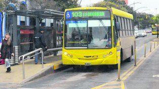 Metrobus. El primer tramo implementado transita por avenida Alberdi.