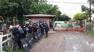 Piquete. Los recolectores protestaron en la puerta del obrador municipal.