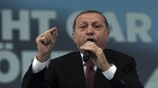 En Turquía, Erdogan ataca al último bastión de la libertad de prensa
