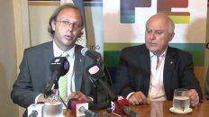 El ministro de Economía provincial, Gonzalo Saglione, junto al gobernador Miguel Lifschitz.