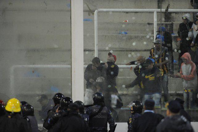 La imagen de los incidentes que se registraron en la final del año pasado.