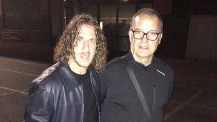 Puyol se encontró con Bielsa en México, subió una foto con él y lo llenó de elogios
