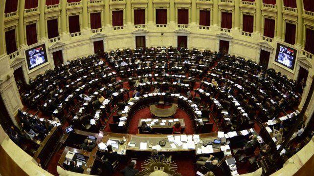 La Cámara de Diputados, a pleno esta madrugada durante la votación del presupuesto