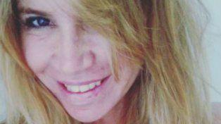 Selfie hot de Florencia Peña a cara lavada y con un súper escote