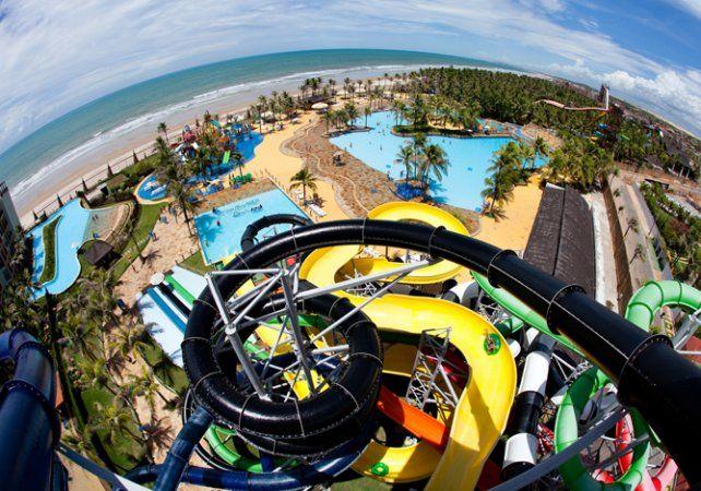 Adrenalina.Uno de los espectaculares entretenimientos acuáticos de Beach Park.