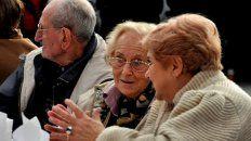 El gobierno aumentó las jubilaciones y pensiones.