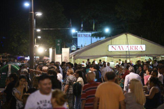 El Parque Nacional a la Bandera se llenó en la primera noche del evento.