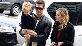 Angustia. Noah, Michael y Luisana en una fotografía reciente. La pareja pidió respeto a la privacidad de la familia.