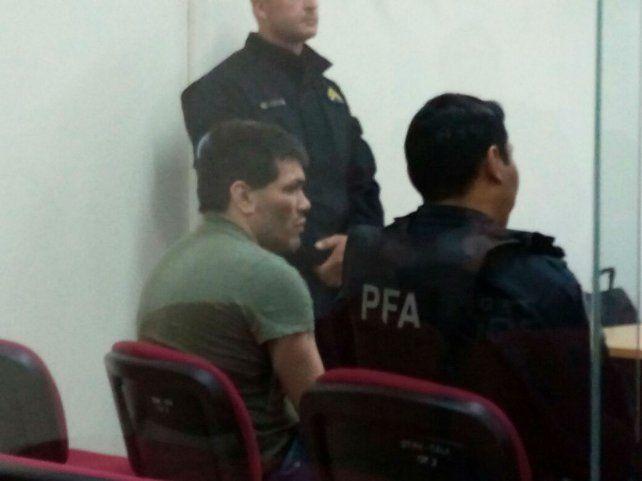 Reincidente. La jueza Caballero de Barabani dijo que Aldo Orozco (de espalda) mostró un total desapego a la autoridad.