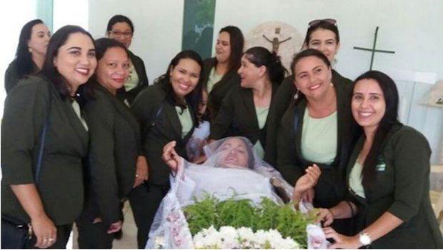 El velatorio fue en Brasil.