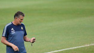 La hora de jugar: el Patón Bauza afronta un duro desafío ante Brasil.