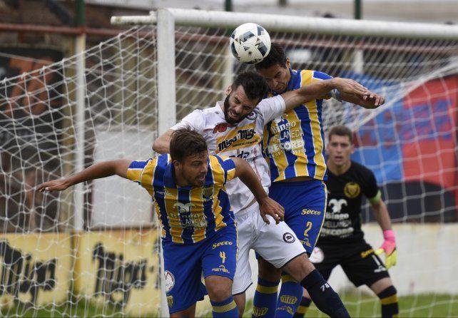 Córdoba terminó 0 a 0 con Dock Sud.