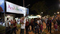 Romería. El stand de la Agrupación Andaluza, donde el flamenco dice presente cada noche para el deleite de los rosarinos.