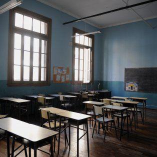 Salones despoblados. Los bancos no serán ocupados por los alumnos, ya que no concurrirán a clase.