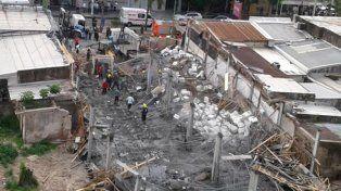 Penoso. El techo en construcción colapsó y causó el accidente fatal.