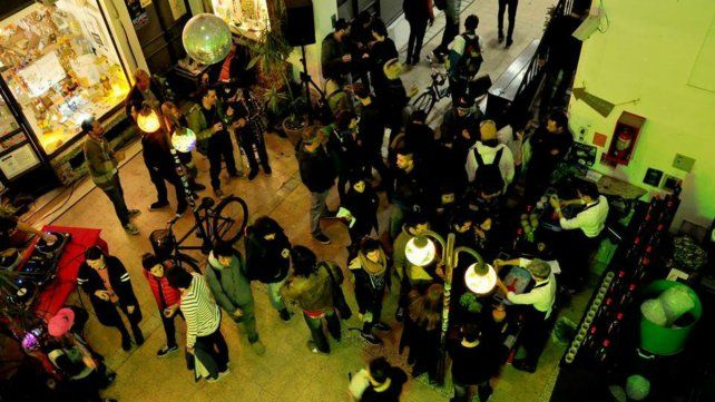 Invitan a una original muestra de diseño y música, en el último Arte Pan del año