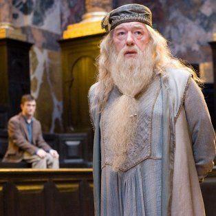 albus dumbledore reaparecera en la nueva saga de harry potter
