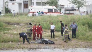 triste final. El cuerpo de Benítez Valdez ya fue sacado del agua.