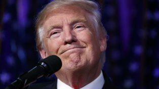 sonrisa. Trump celebró muy mesuradamente en la madrugada de ayer.
