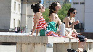 Dulce sol de primavera. Se vienen al menos dos días con excelentes condiciones para disfrutar de parques y plazas.