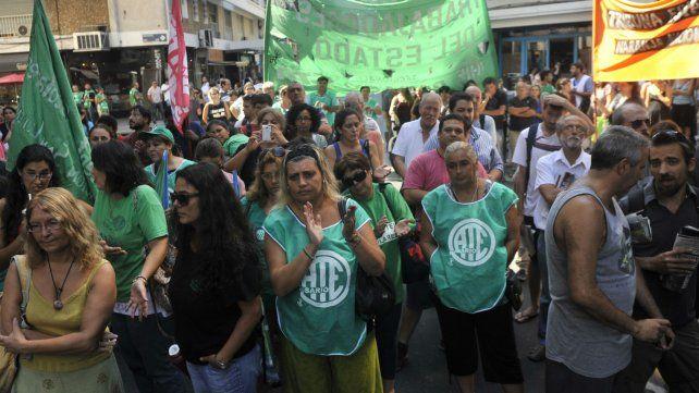 La marcha de los empleados de ATE está anunciada para las 10. La convocatoria es en Sarmiento y Rioja