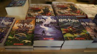 La primera edición de Harry Potter y la piedra filosofal salió a subasta en Londres.