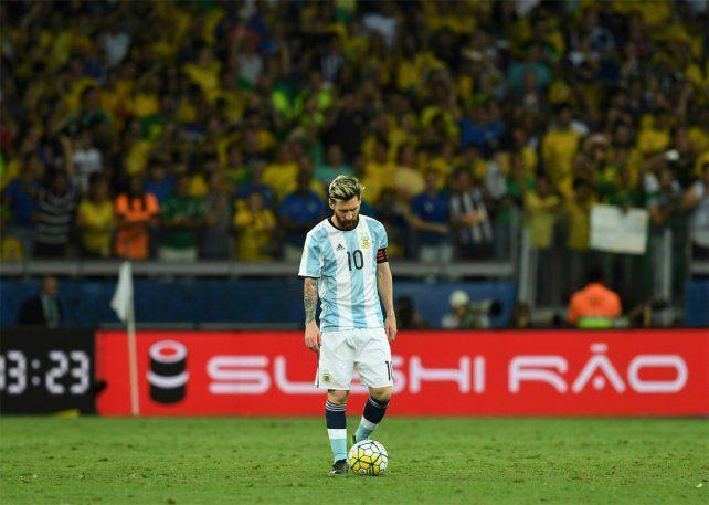 El rosarino hizo una autocrítica tras la goleada sufrida ante Brasil.