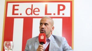 Juan Sebastián Verón volverá a calzarse los cortos para jugar en Estudiantes.