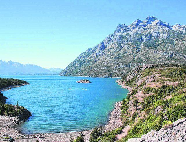 Una postal. Baguilt está a 1.000 metros de altura y a los pies del cerro Cónico