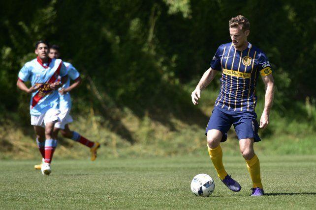 Capitán. Mauro Cetto no dudó en jugar en reserva y demostrar que está muy bien.