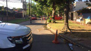 La zona de Blas Parera y Maza se encuentra cortada por una fuga de gas.