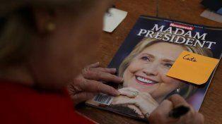 La tapa de Newskeek donde Hillary Clinton quedó inmortalizada como presidenta de los Estados Unidos.