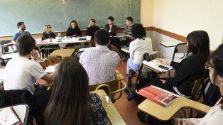 En el aula. La Facultad de Ciencia Política concentra a muchos de sus asistentes en la zona de La Siberia.