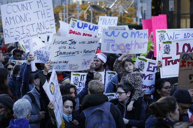 En Nueva York continúan las protestas contra Donald Trump.