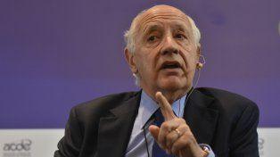 El exministro de Economía Roberto Lavagna disparó contra la política de endeudamiento de Mauricio Macri.