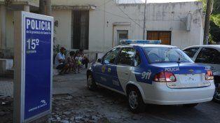 La chica apareció cerca del mediodía en inmediaciones de la comisaría 15º.