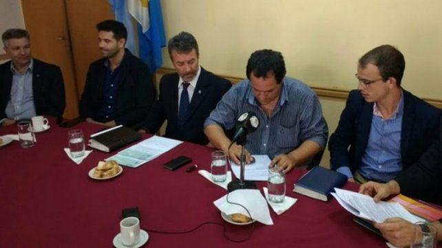 Anuncio. En la sede del gobierno de Chabás se detallaron obras y proyectos.