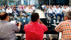 Analizaron las medidas. El plenario de trabajadores municipales sesionó ayer en la capital de la provincia.