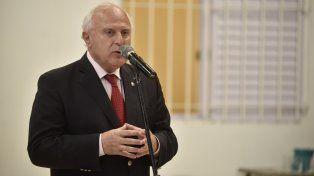 El gobernador volvió a mostrarse a favor de reformar la Constitución provincial.