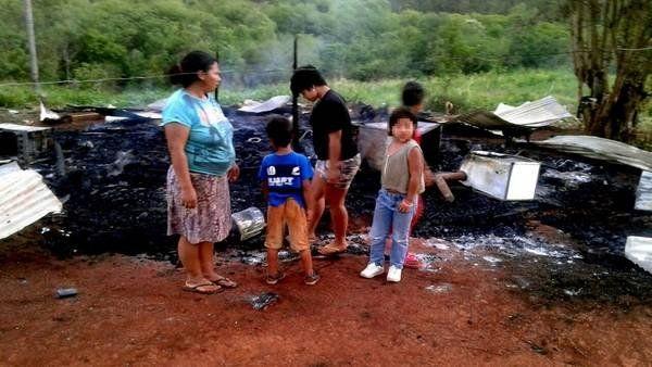Magdalena. El marido la encerró con su hijito y prendió fuego a la casa.