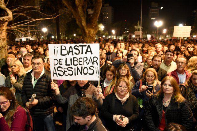 Una de las marchas más multitudinarias en Rosario contra la inseguridad.