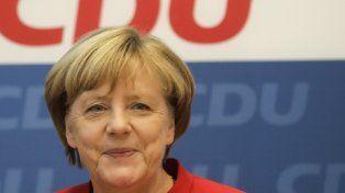 va de nuevo. Merkel anunció su decisión luego de una cumbre de su partido