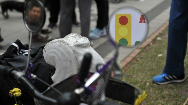 Denuncian sugestivas demoras en una causa por un accidente protagonizado por policías