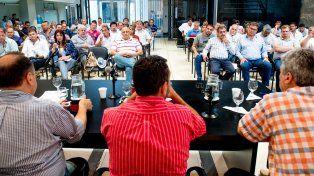 La Federación que agrupa los sindicatos municipales exigió transparencia en la gestión pública.