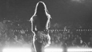 Lali Espósito brilló como telonera de Ricky Martin en su primer show en México