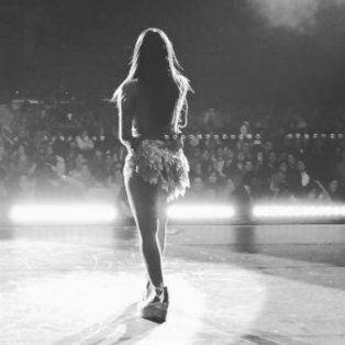 lali esposito brillo como telonera de ricky martin en su primer show en mexico