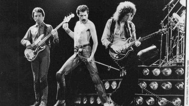 Hace 25 años se apagaba la voz de Freddie Mercury, la majestad del rock británico