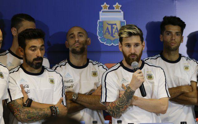 Messi rompió el pacto de silencio que tenía con los jugadores de la selección